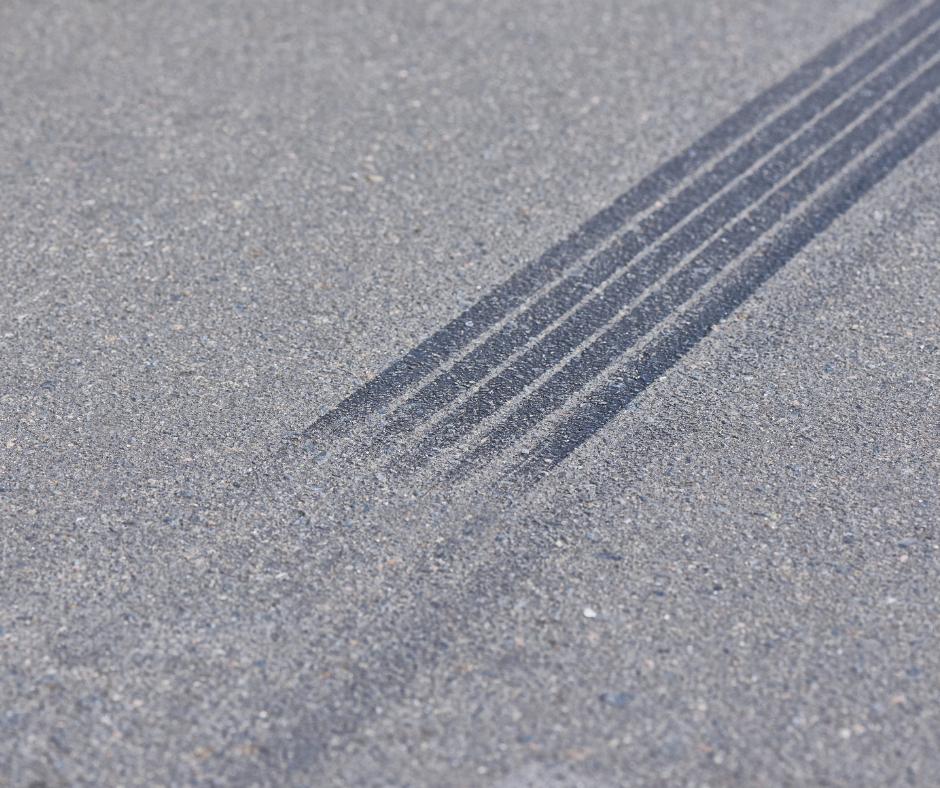 Ruedas y huellas de neumático en la reconstrucción de accidentes de tráfico